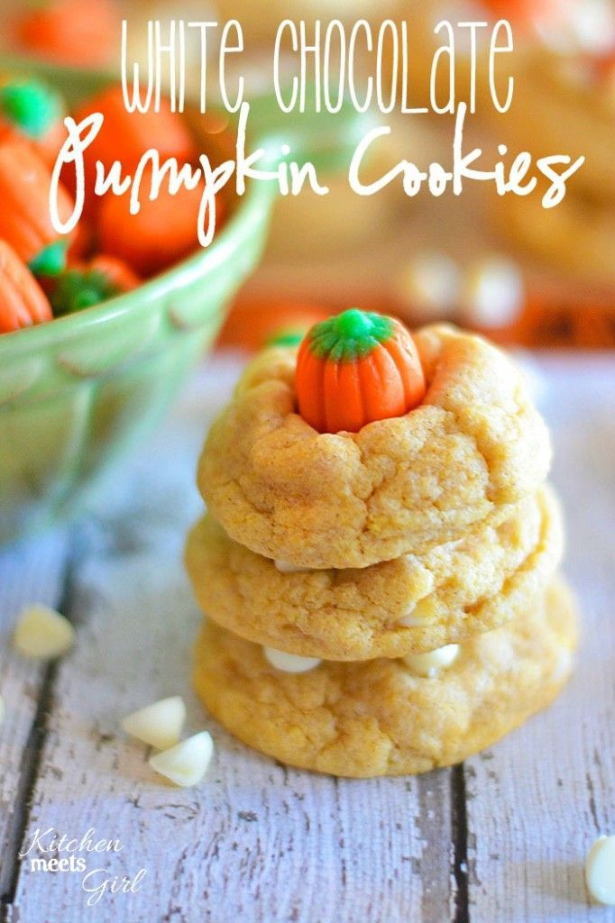 White Chocolate Pumpkin Cookies from www.kitchenmeetsgirl.com -