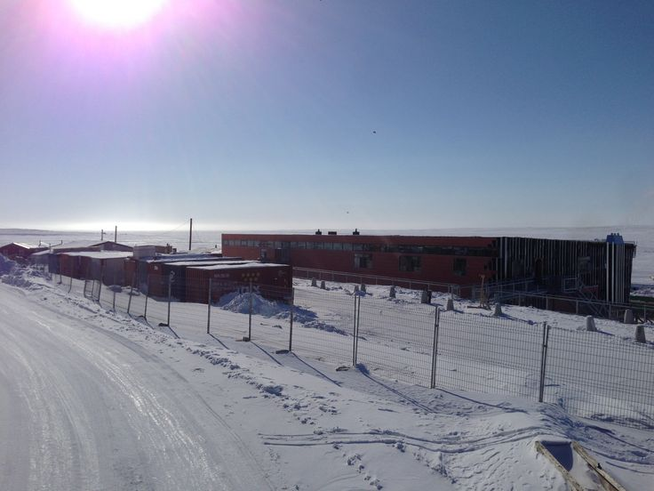 Progress continues as the sun comes out in Nunavut! This is by far our most brrr...illiant building yet! #nunavut #brilliantbuildings