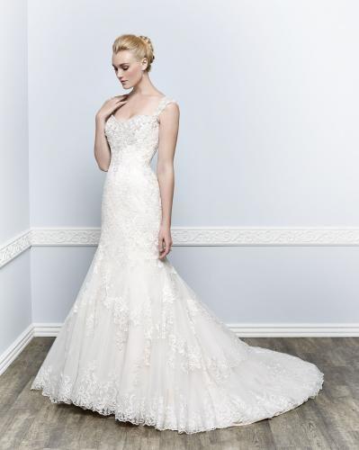 Igen Szalon Kenneth Winston wedding dress- 1659 #igenszalon #wedding #weddingdress #kennethwinston #eskuvo #eskuvoiruha #menyasszony #menyasszonyiruha #Budapest