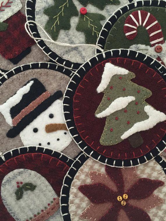 COSIDO a mano: Arte popular primitivo de lana por PrimFolkArtShop