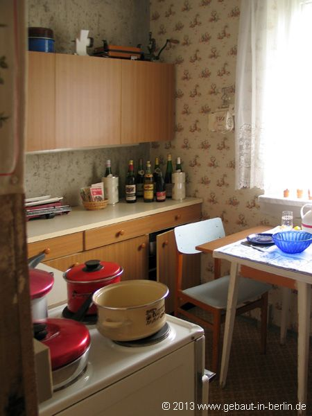 707 best ostalgie images on pinterest childhood east germany and berlin. Black Bedroom Furniture Sets. Home Design Ideas