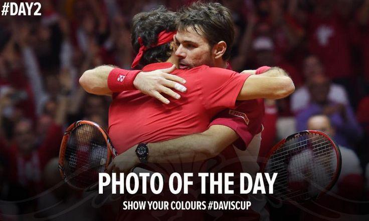 Federer Wawrinka : L'image du Jour Finale Coupe Davis - http://www.actusports.fr/125328/federer-wawrinka-limage-du-jour-finale-coupe-davis/