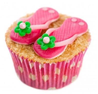 Slippers op het strand cupcakes recept   Dr. Oetker