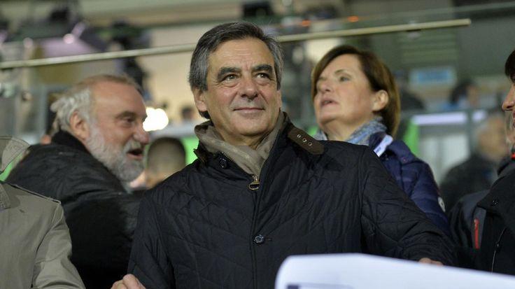 Dans le derniersondage Odoxa-Dentsu Consulting pour franceinfo, l'ancien Premier ministre est crédité de 20% des intentions de vote, six points derrière Nicolas Sarkozy.
