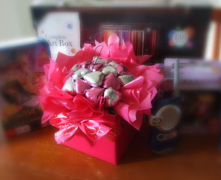 New on the blog - Featured etailer, Lollypotz.com.au - check it out at www.ladyvshoppingspree.com #chocolatebouquets #chocolategift #gifts #giftsonline #chocolate