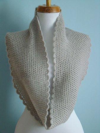 snood au crochet simplissime by ladycolori avec bordure romantique #crochet #alpaga #soie