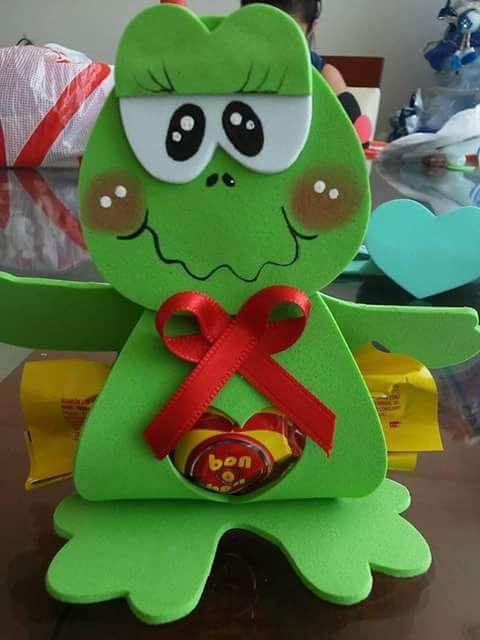 Los porta dulces son accesorios que pueden adornar tu fiesta infantil o cualquier otro tipo de fiesta, aquí te dejo algunos moldes para que...
