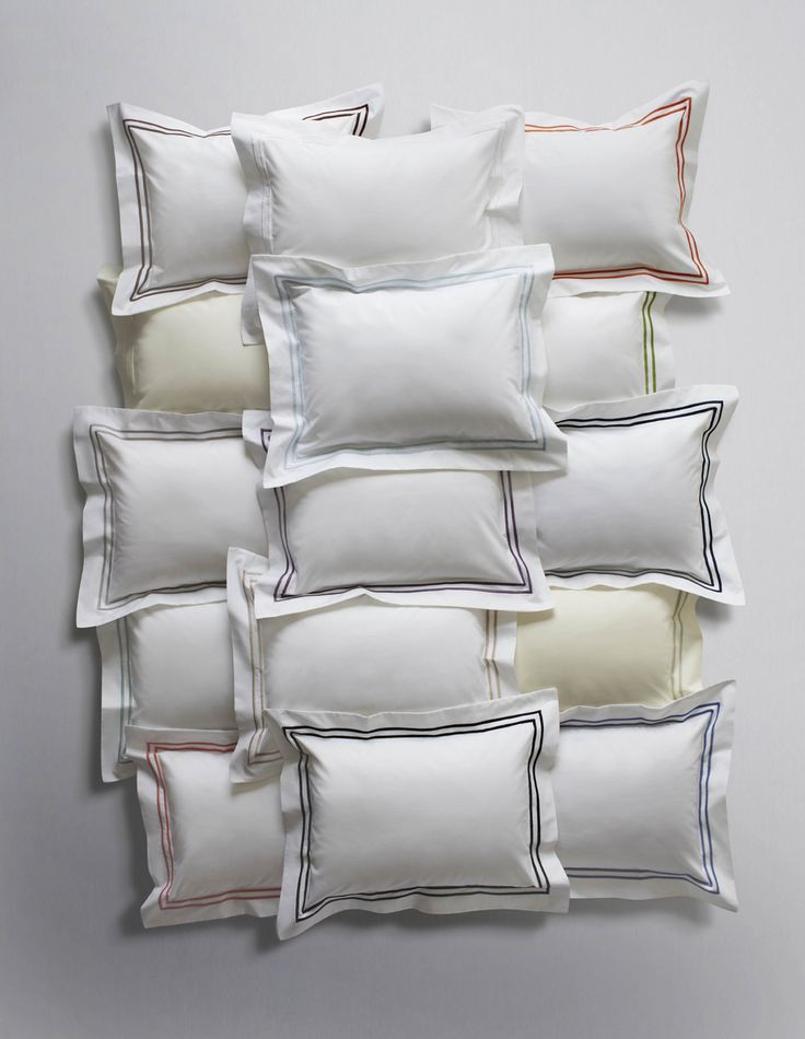 The 15 different colors offered in our Grande Hotel sheeting. A five-star beginning and end of your day.