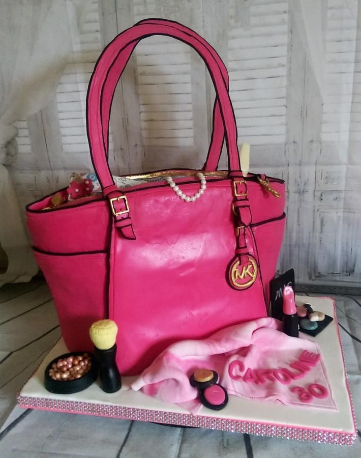 497 best Shoes & Bag cakes images on Pinterest | Shoe cakes, Shoes ...