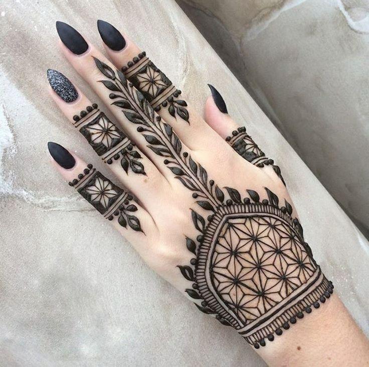 tatuajes de henna para las manos