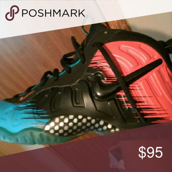 Foam posites Spider Man foam posites release in 2013 good condition 7/10 Nike Shoes Sneakers