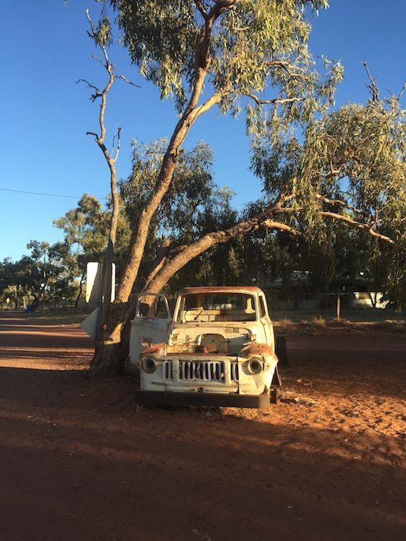 Old ute, resting in the shade at Willowra NT. #Willowra