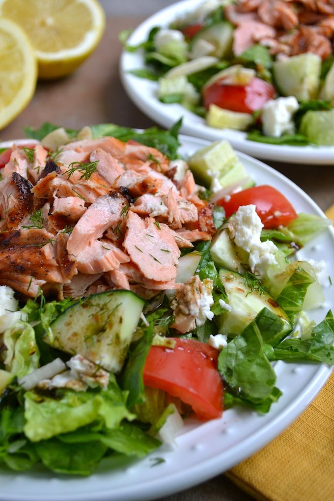 New year, new (#healthy) you! Start off well with a #delicious, heart-healthy Greek Salmon Salad.
