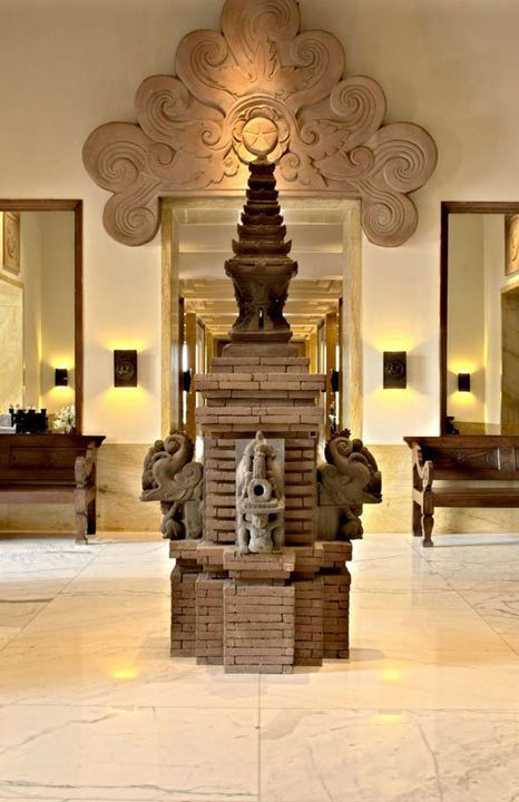 Temple in Lobby, The Dharmawangsa Hotel Jakarta vossy.com