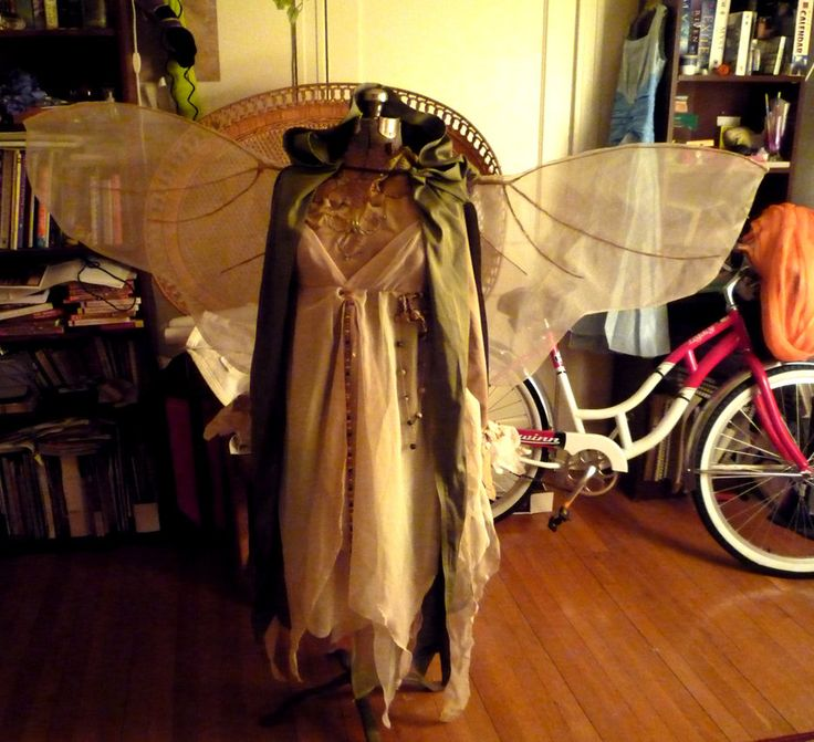 Homemade Gelfling costume: Excellent! - 80.9KB
