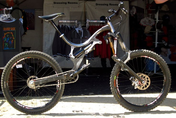 One man's solution for big and tall riders seeking a long-travel trail bike.