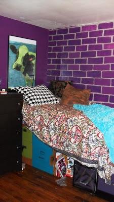 Geek-Chic Teen girl bedroomGeek Girl Bedroom