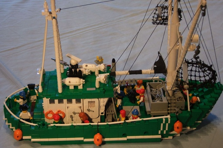 1000 images about lego ships on pinterest for Fishing lego set