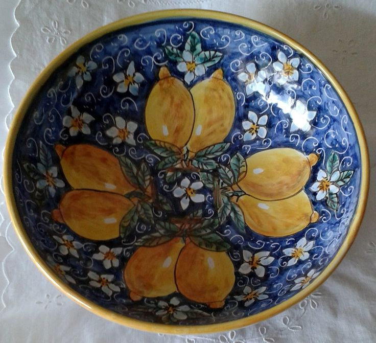 Ciotola / Spaghettiera / Insalatiera in ceramica dipinta a mano. Dec. Geo/Floris, by ilciliegio, 20,00 € su misshobby.com