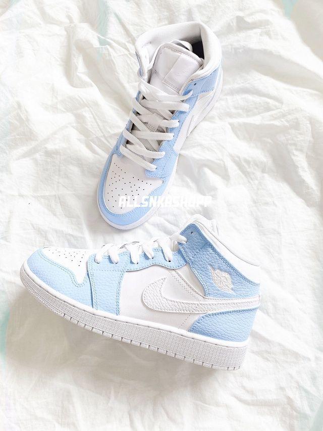 Baby blue nike air jordan 1 mid custom