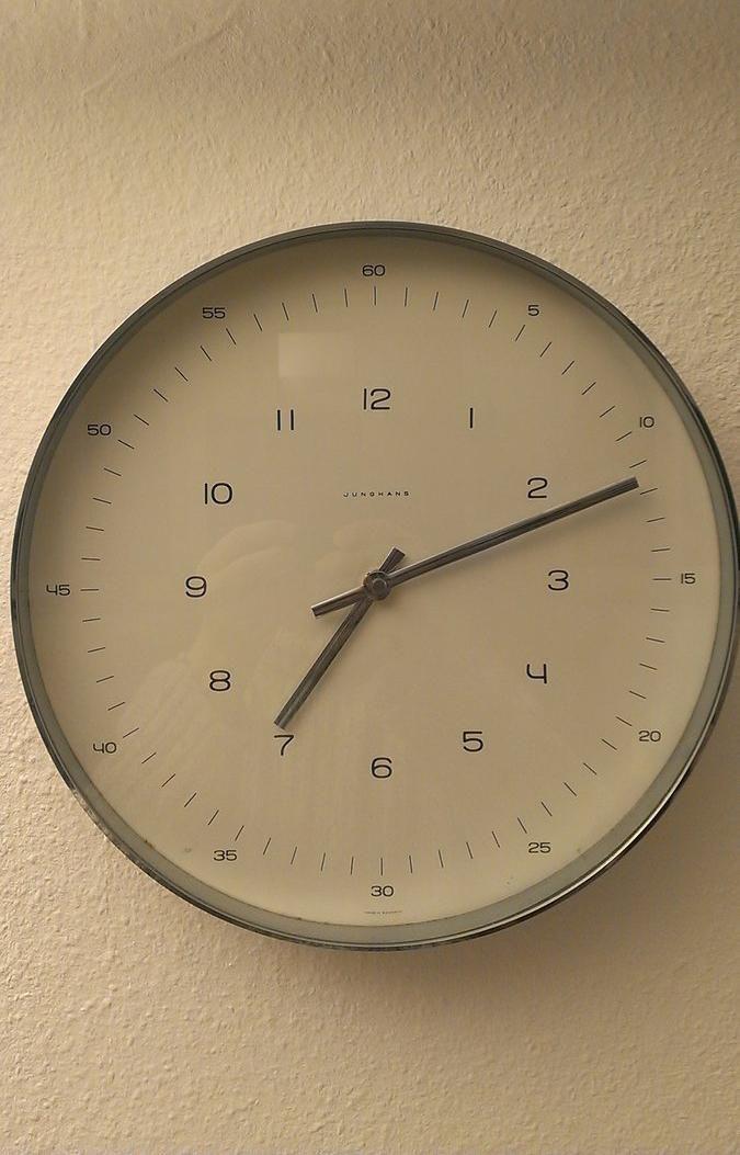 Reloj de pared junghans dise o de max bill 1957 se ala - Reloj pared diseno ...