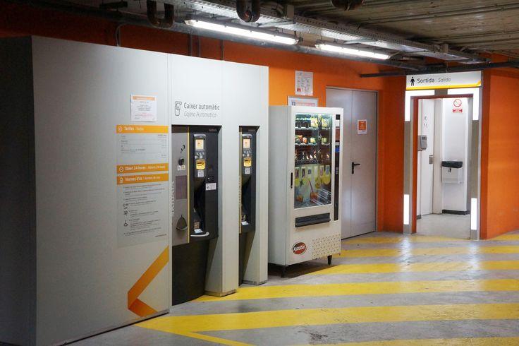 Personalización Cajero Automático y salidas de emergencia Empark