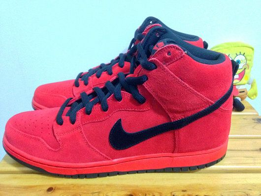 Nike SB Dunk High Pro Hellboy 305050600 Mens Shoe New Style