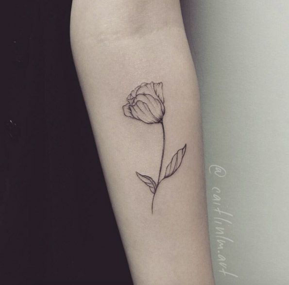 Minimalistic Tulip Tattoo by Caitlin Lindstrom-Milne