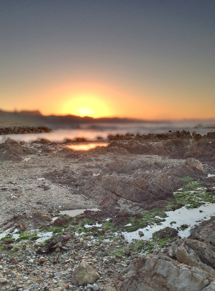 Sunrise in Gaansbaai, South Africa.  (Photo A. Jacobsen)