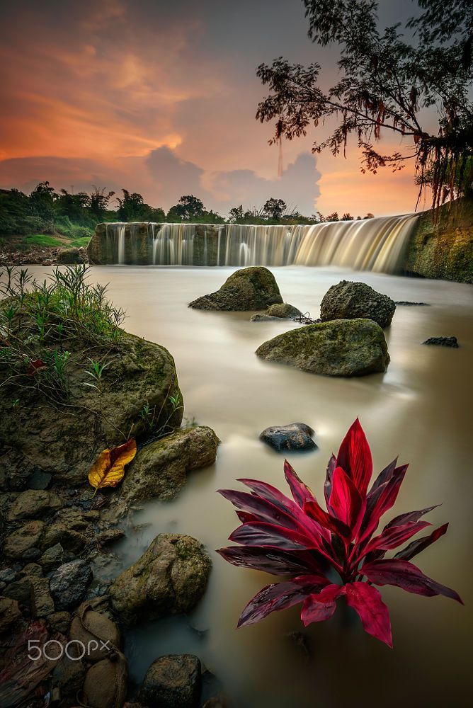 Curug Parigi (Indonesia) by Chandra Chung on 500px