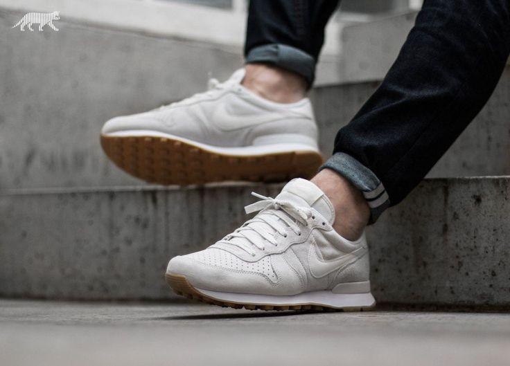 Nike Internationalist PRM (Phantom / Phantom - White) | Nike ...