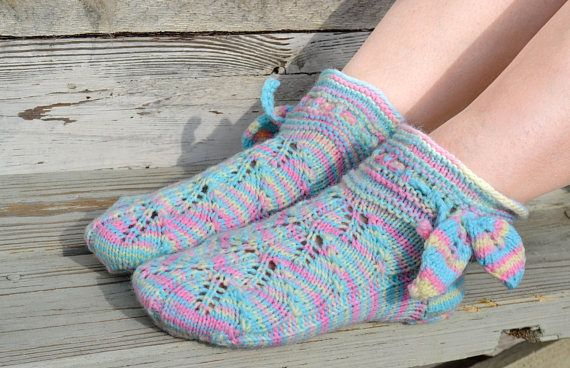 Rainbow woolen socks hand knitted Leaf