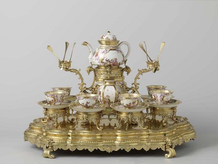 Tea service and stand, Meissener Porzellan Manufaktur, Johannes Engelbrecht, Gottfried Jakob Mayr, c. 1725 - c. 1730