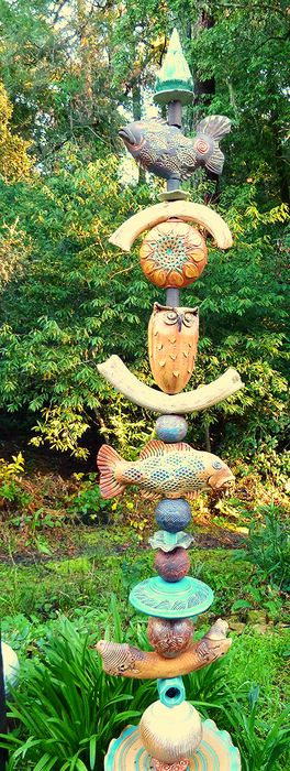 Occidental Pottery and Wood - GARDEN TOTEMS