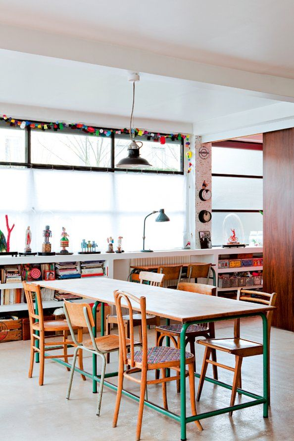 mismatched light-wooden chairs: Dining Rooms, Toys Rooms, Schools Rooms, Tables Legs, Dining Chairs, Study Rooms, Dining Spaces, Chairs Ideas, Vintage Living