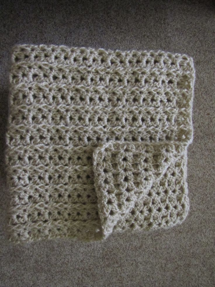 Red Heart Crochet One Skein Lap Throw Nice Charity
