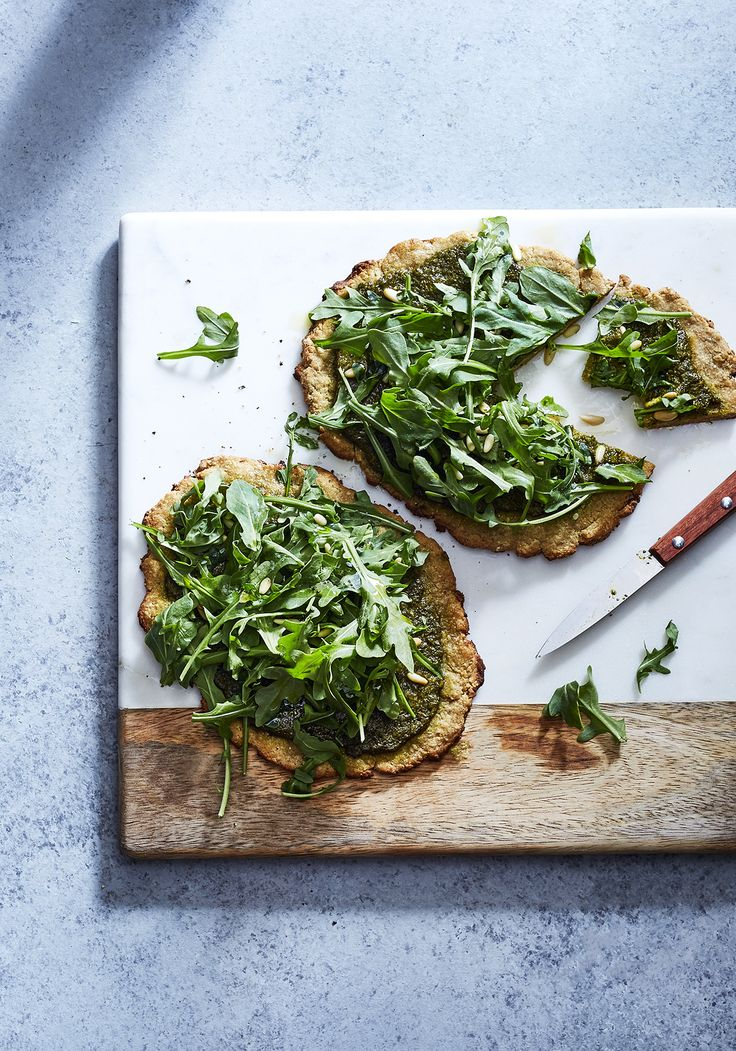 chickpea flatbread with chermoula, toasted pine nuts & arugula (gluten-free, vegan) | sassy kitchen