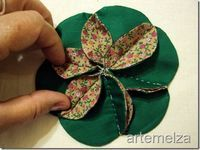 another clever flower. great for hand-sewing anywhere. click thru all the pages on that site. lots to see and do.