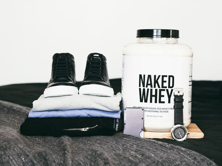 #Giveaway (Paul Evans, Sweat Tailor, Naked Nutrition, Zinvo, Ridge Wallet) $1100 worth of merchandise  https://wn.nr/szvYDw