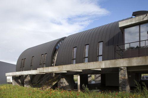 French Construction Federation in Tarbes (France)  by Atelier d'Architecture Joris Ducastaing, Contractor : ADB Batiboit  #VMZINC #Concrete #Zinc #Project #Architecture #France #StandingSeam