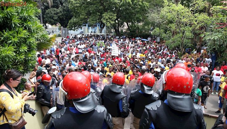 If strike persists, DUT 'will close indefinitely'
