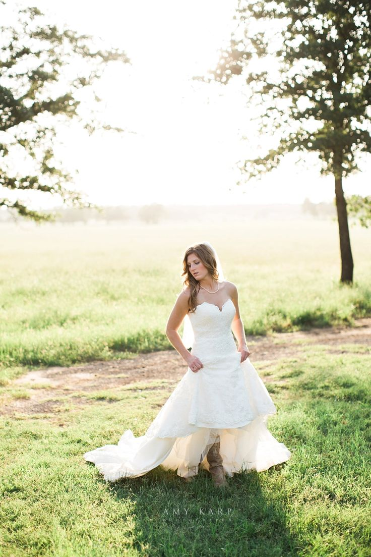 Dallas Wedding Photographer Specializing In Modern Photography With A Fun Artistic Flair