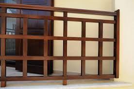 Αποτέλεσμα εικόνας για καγκελα ξυλινα