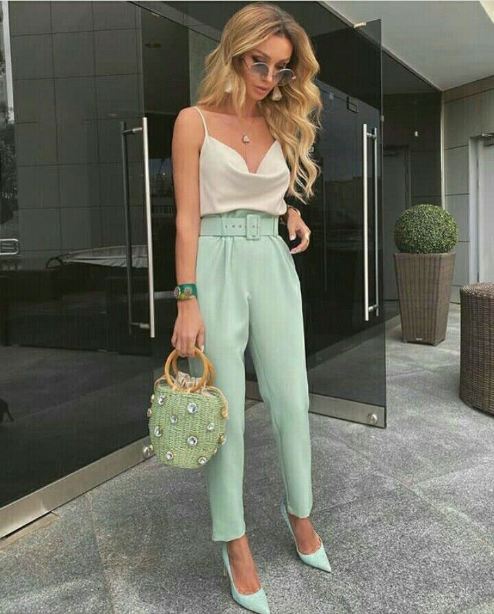 Pin By Ivonne Leon On Pantalones Summer Formal Outfits Work Outfits Women Casual Brunch Outfit