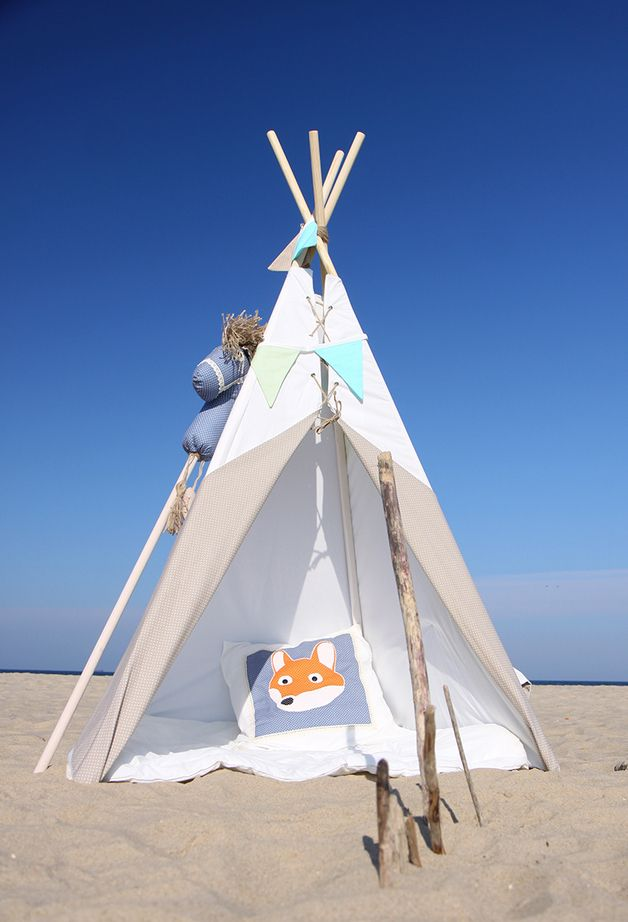 Kinderzelt, Indianerzelt, Tipi für den Strand / kid's teepee, beach toy made by Ajku Deutschland via DaWanda.com