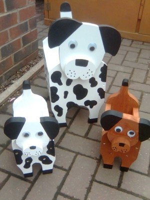 handmade spotty or brown dog plant pot holder/storage