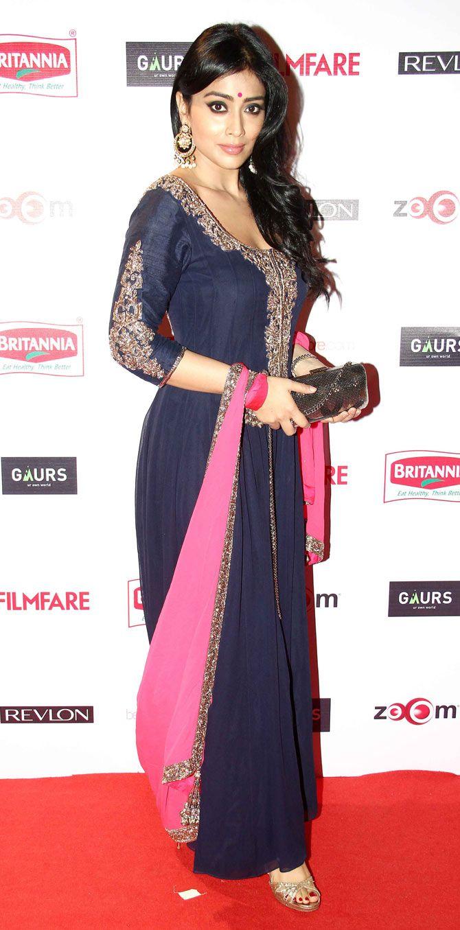 Shriya Saran at Filmfare Awards pre-awards bash. #Bollywood #Fashion #Style #Beauty