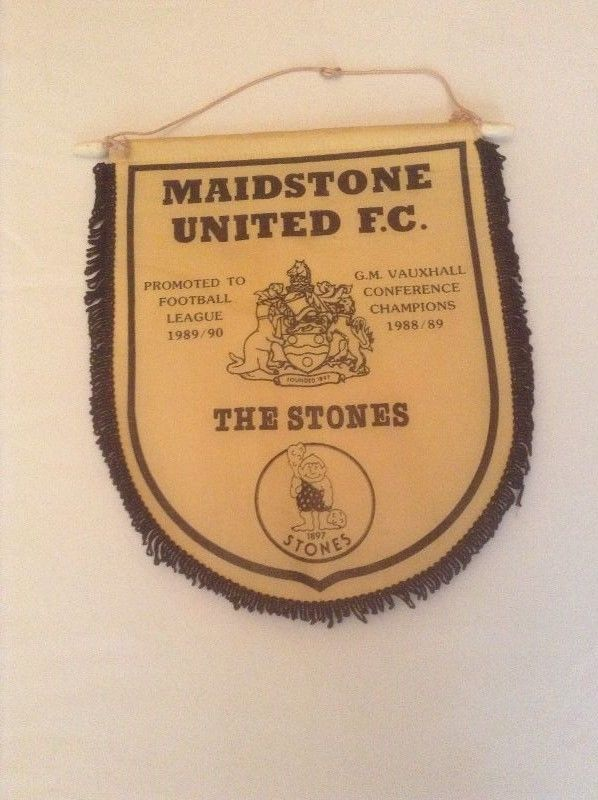 MAIDSTONE UNITED FC ORIGINAL X-LARGE 1990 PENNANT VERY GOOD CONDITION