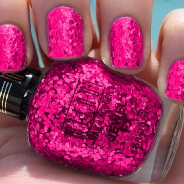 Glittery HOT pink!!: Pink Glitter Nails, Pink Sparkle, Pink Nails, Nailpolish, Glitter Nails Polish, Parties Nails, Hot Pink, Sparkly Pink, Sparkly Nails