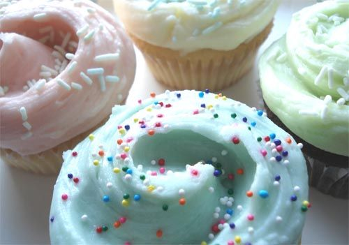 Magnolia Bakery <3Frostings, Coconut Popsicles, Cupcakes Yummy, Cups, Kids, Bakeries Cupcakes, Pastel Cupcakes, Magnolias Bakeries, Cupcakes Rosa-Choqu